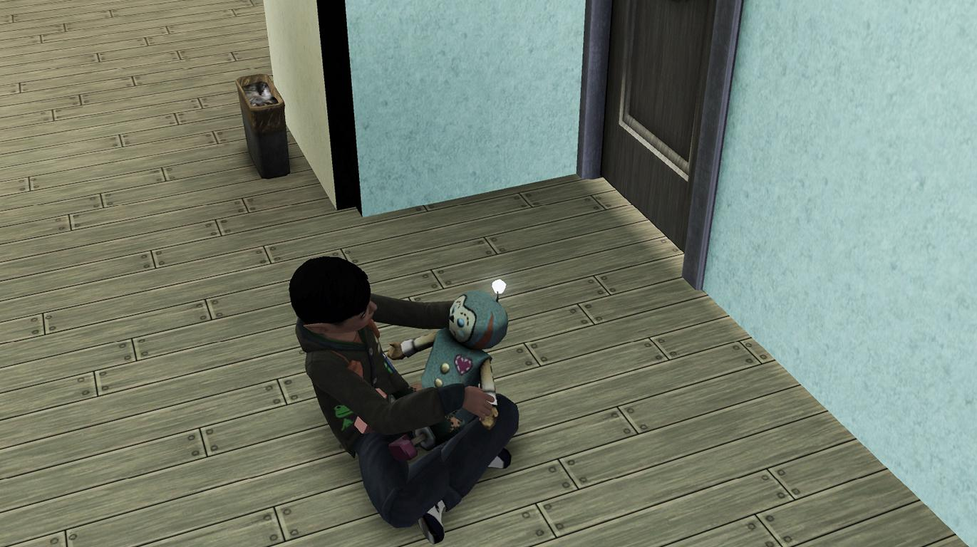 Alfred spielt mit Puppe